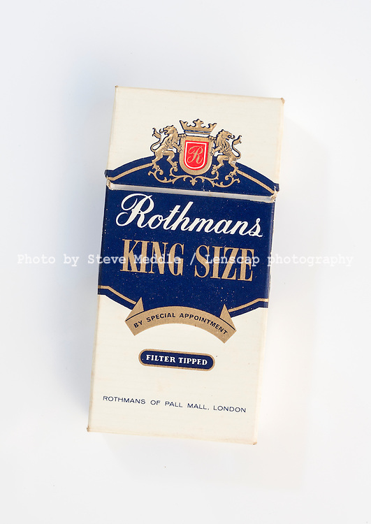 Packet of 10 Rothmans Cigarettes - Apr 2016