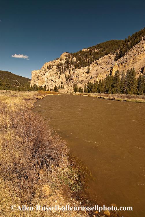 Gallatin River, Gallatin Canyon, Gallatin National Forest, south of Bozeman, Montana