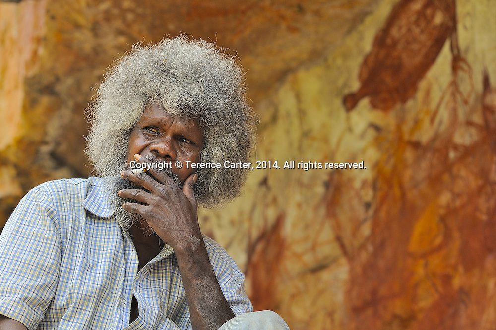 Aboriginal artist and guide, Northern Territory, Australia. Copyright 2014 Terence Carter / Grantourismo. All Rights Reserved.