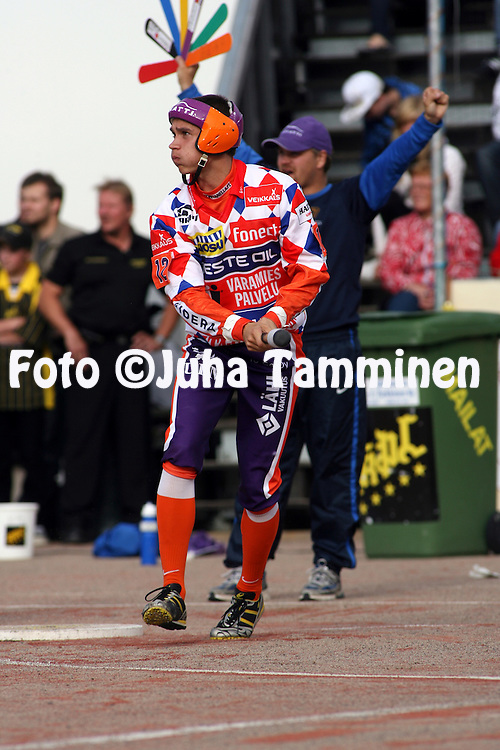 05.09.2009, Kouvola..Superpesis 2009, 1. loppuottelu.Kouvolan Pallonly?j?t - Sotkamon Jymy.Lauri Kivinen - Sotkamo.©Juha Tamminen.