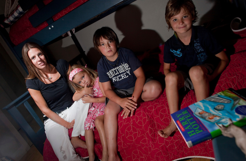 London, ONT.;<br /> August 4, 2010--  <br /> Kerry Logan of London, Ontario has had to deal with nightmares for all of her 3 children, Annie Cooper, 4, Tommy Cooper, 9, centre, and Sam Cooper, 6. Experts say it is common for these behaviours to run in families.<br /> <br /> (GEOFF ROBINS/ Postmedia News)