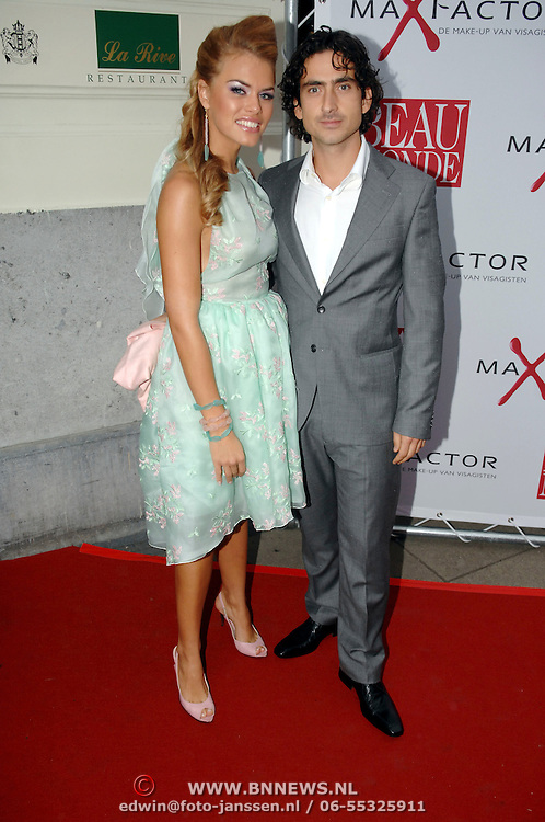 NLD/Amsterdam/20061018 - Uitreiking Beau Monde Awards 2006, Nicolette van Dam en partner Carmine d'Antuono