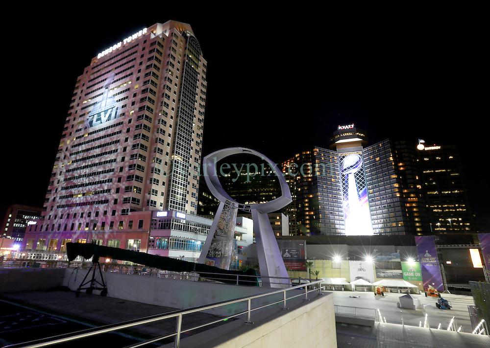 Super bowl xlvii new orleans baltimore ravens versus for Hotels near mercedes benz stadium new orleans
