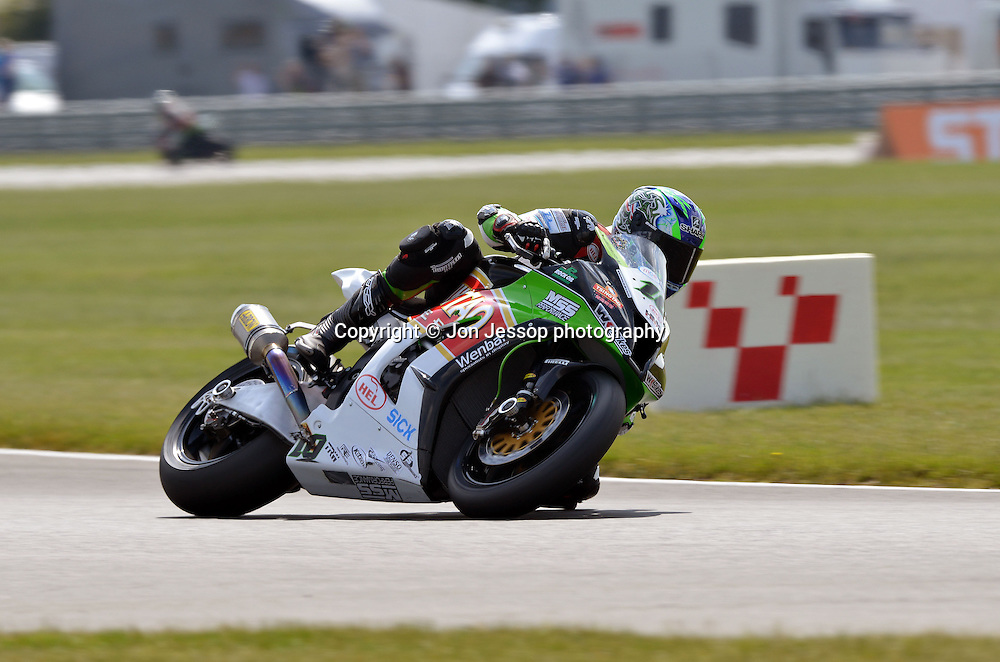 #10 Jon Kirkham Tsingtao WK Kawasaki British Superbikes