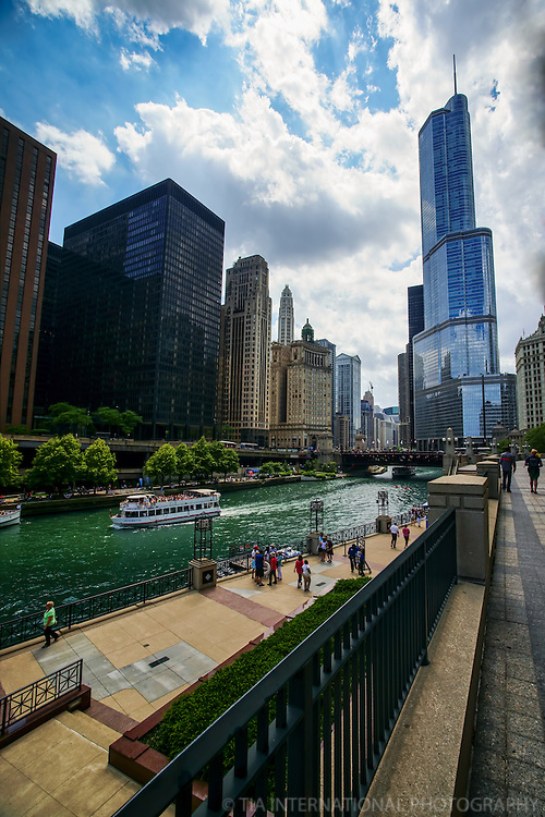 Chicago Riverwalk featuring Trump International Hotel & Tower
