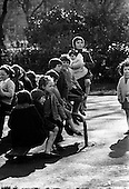 1968 - 27/03 Children Playing, Press Pic of Year