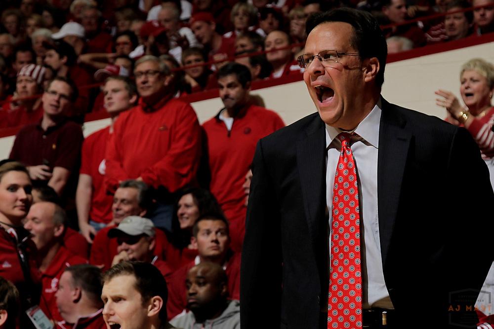 27 November 2012: Indiana head coach Tom Crean as the Indiana Hoosiers played the North Carolina Tar Heels in Bloomington, Ind.