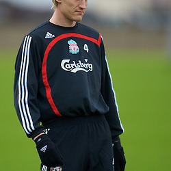 080411 Liverpool training