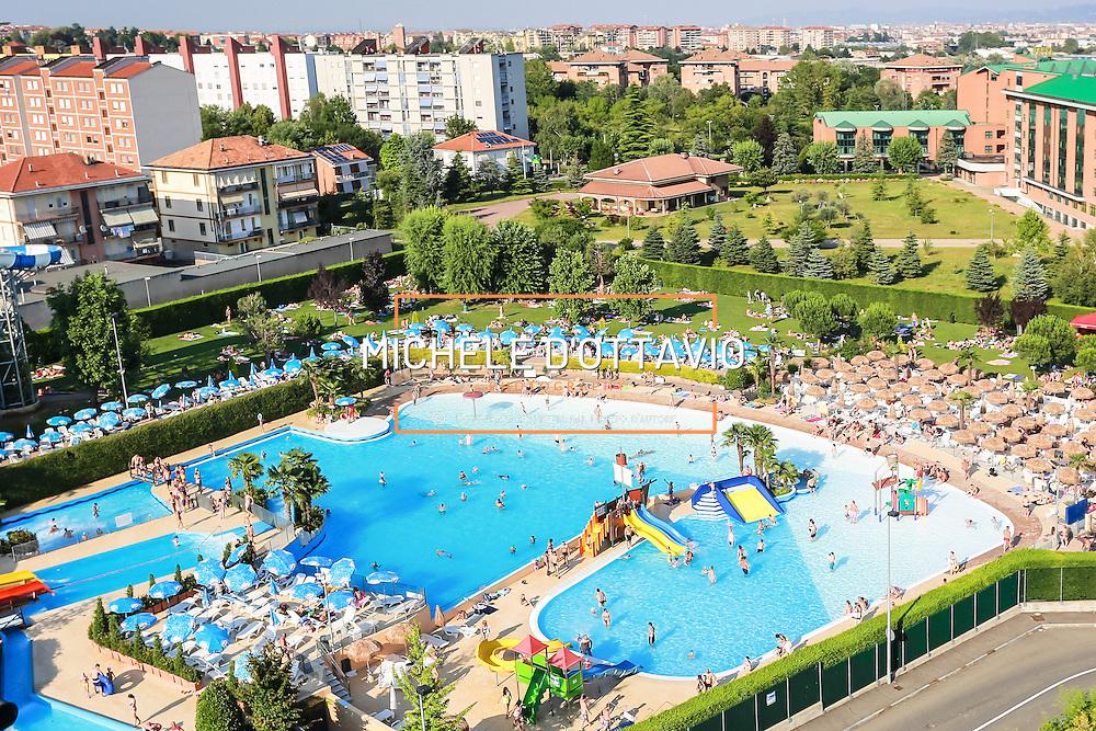 Rivoli (Torino) , parco acquatico Acquajoy<br /> Estate in citt&agrave;, le piscine sono &quot;Oasi urbane&quot;