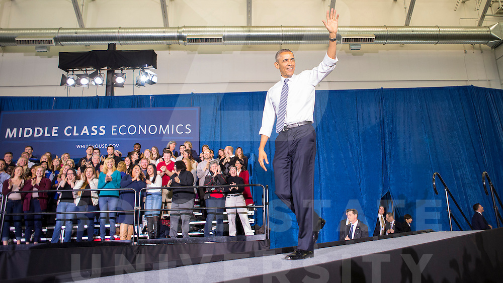 President Barack Obama, visit to campus, remarks, speech, Carrie Quinney photo