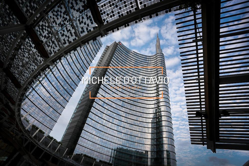 Unicredit Tower è la sede della direzione generale di UniCredit. qurtiere di Porta Nuova-Isola-Garibaldi Milano