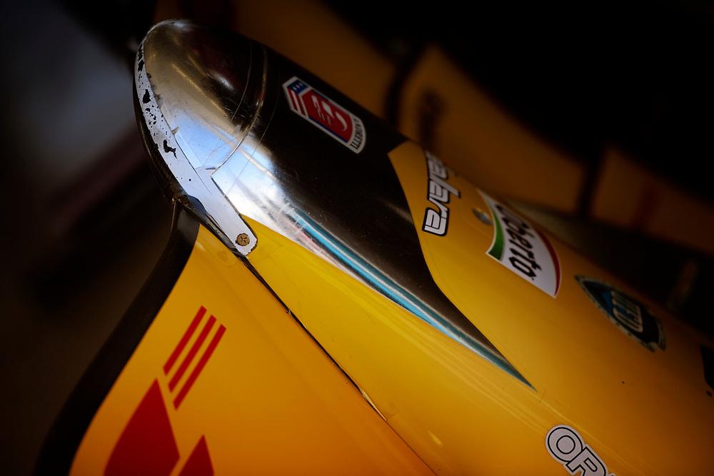Verizon IndyCar Series<br /> Desert Diamond West Valley Phoenix Grand Prix<br /> Phoenix Raceway, Avondale, AZ USA<br /> Friday 28 April 2017<br /> Ryan Hunter-Reay, Andretti Autosport Honda nose cone<br /> World Copyright: Scott R LePage<br /> LAT Images<br /> ref: Digital Image lepage-170428-phx-160