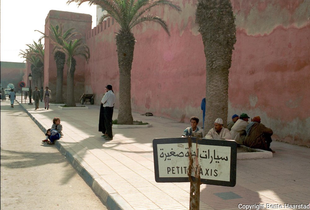 drosjeholdeplass Essaouria, Marokko..neg