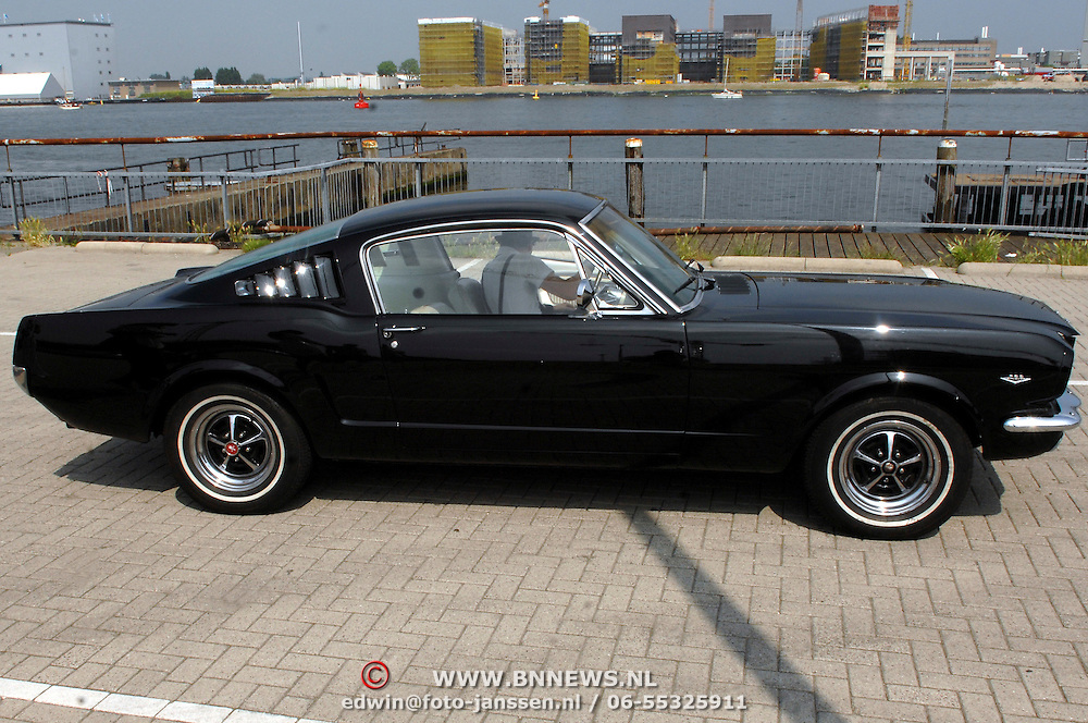 NLD/Amsterdam/20070610 - Presentatie Playboy's Playmates Collectors Special Edition, auto van Frans van Zoest, Spike