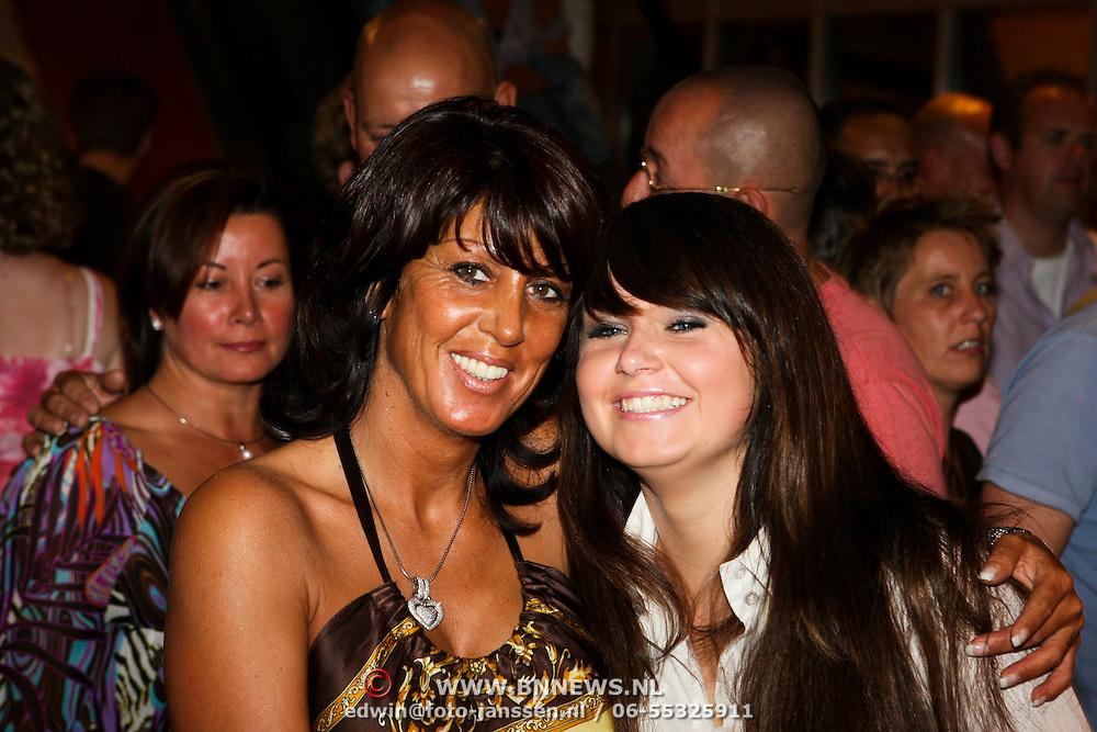NLD/Amsterdam/20080524 - Toppers in Concert 2008, Rachel Hazes en dochter Roxanne