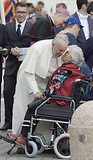 OCT 22 2014 Pope Francis Holds His Weekly Vatican Audience