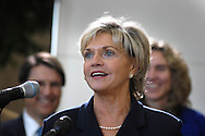 GMAC Financial Services will receive up to $4.49 million in incentives to bring at least 200 jobs to Charlotte.<br /> dater of visit: March 21, 2009<br /> <br /> NC Gov Bev Perdue visits Charlotte to announce location of GMAC Finanical Services here. The incentives will be provided over nine years if the company meets criteria that include $16.4 million in capital investments, including lease payments. The 200 jobs will have a minimum average wage of $96,124, the Department of Commerce says