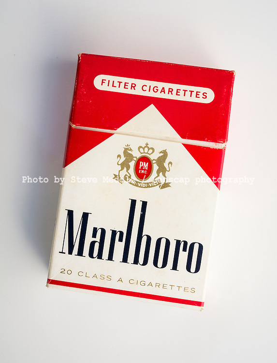 Packet of 20 Marlboro Cigarettes - Apr 2016