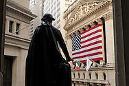 George Washington Statue and New York Stock Exchange, Financial District, Manhattan, New York, New York, USA