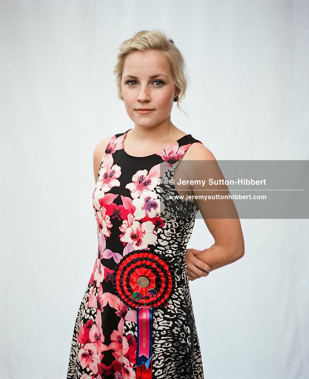 Kara White, 'Wynsome Mayde 2009'. Duns Summer Festival, Duns, Scotland, Monday 7th July 2014
