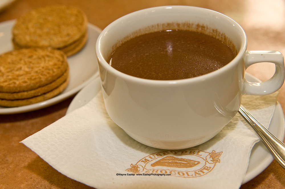 Cuba like Mexico has been making fine hot chocolate for hundred of years.  The chocolate drinks at the Chocolate museum are flavored with vanilla, cinnamon and red pepper flakes and served with lemon sugar cookies on the side.