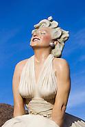 Palm Springs Marilyn Sculpture