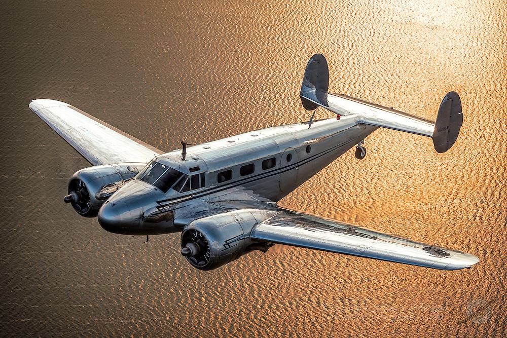Twin Beech C-45 flown and owned by Walt Bowe, passenger Bernie Vasquez<br /> wcbowe@aol.com / 925-899-8672