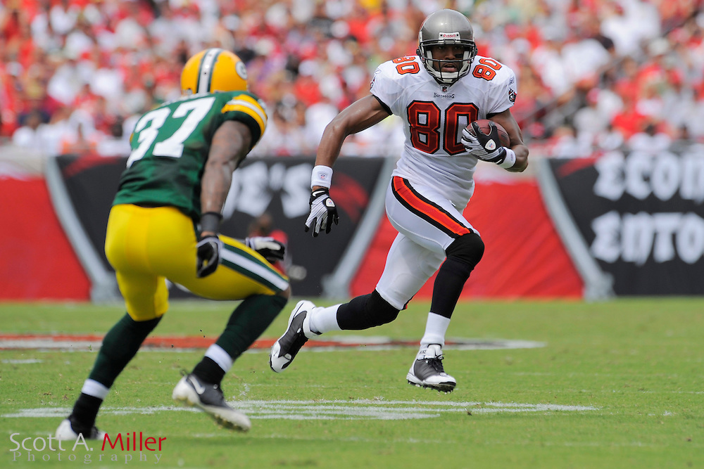 Tampa, Florida, Sept. 28, 2008: Tampa Bay Buccaneers wide receiver Michael Clayton (80) in action against the Green Bay Packers at Raymond James Stadium. ...©2008 Scott A. Miller