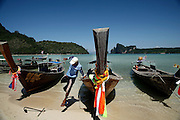 Thailandia , Phi Phi Island, Loh Dalam BAy