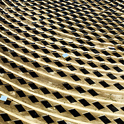 Site de la tour PS10 de la centrale solaire de Sanlucar la Mayor, pres de Seville, Espagne, le 29 Avril 2008. La centrale solaire, la premiere centrale commerciale au monde, appartenant a la societe espagnole Solucar (Abengoa), peut produire de l'electricte pour 6000 habitations. Solucar (Abengoa) projete de construire un total de 9 nouvelles tours dans les 7 ans qui viennent, afin de fournir 180 000 habitations en electricite. Photographe: Markel Redondo/Fedephoto pour Greenpeace...The PS10 solar tower plant sits at Sanlucar la Mayor outside Seville on April 29, 2008 in Seville, Spain. The solar tower plant, the first commercial solar tower in the world, by the Spanish company Solucar (Abengoa), can provide electricity for up to 6,000 homes. Solucar (Abengoa) plans to build a total of 9 solar towers over the next 7 years to provide electricity for an estimated 180,000 homes. Photographer: Markel Redondo/Fedephoto for Greenpeace.Site de la tour PS10 de la centrale solaire de Sanlucar la Mayor, pres de Seville, Espagne. La centrale solaire, la premiere centrale commerciale au monde, appartenant a la societe espagnole Solucar (Abengoa), peut produire de l'electricte pour 6000 habitations. Solucar (Abengoa) projete de construire un total de 9 nouvelles tours dans les 7 ans qui viennent, afin de fournir 180 000 habitations en electricite. Photographe: Markel Redondo/Fedephoto pour Greenpeace...The PS10 solar tower plant sits at Sanlucar la Mayor outside Seville, Spain. The solar tower plant, the first commercial solar tower in the world, by the Spanish company Solucar (Abengoa), can provide electricity for up to 6,000 homes. Solucar (Abengoa) plans to build a total of 9 solar towers over the next 7 years to provide electricity for an estimated 180,000 homes. Photographer: Markel Redondo/Fedephoto for Greenpeace.