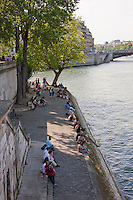 river seine in Paris France in Spring time of May 2008