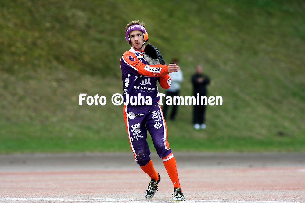 05.09.2009, Kouvola..Superpesis 2009, 1. loppuottelu.Kouvolan Pallonly?j?t - Sotkamon Jymy.Immo Rautiainen - Sotkamo.©Juha Tamminen.