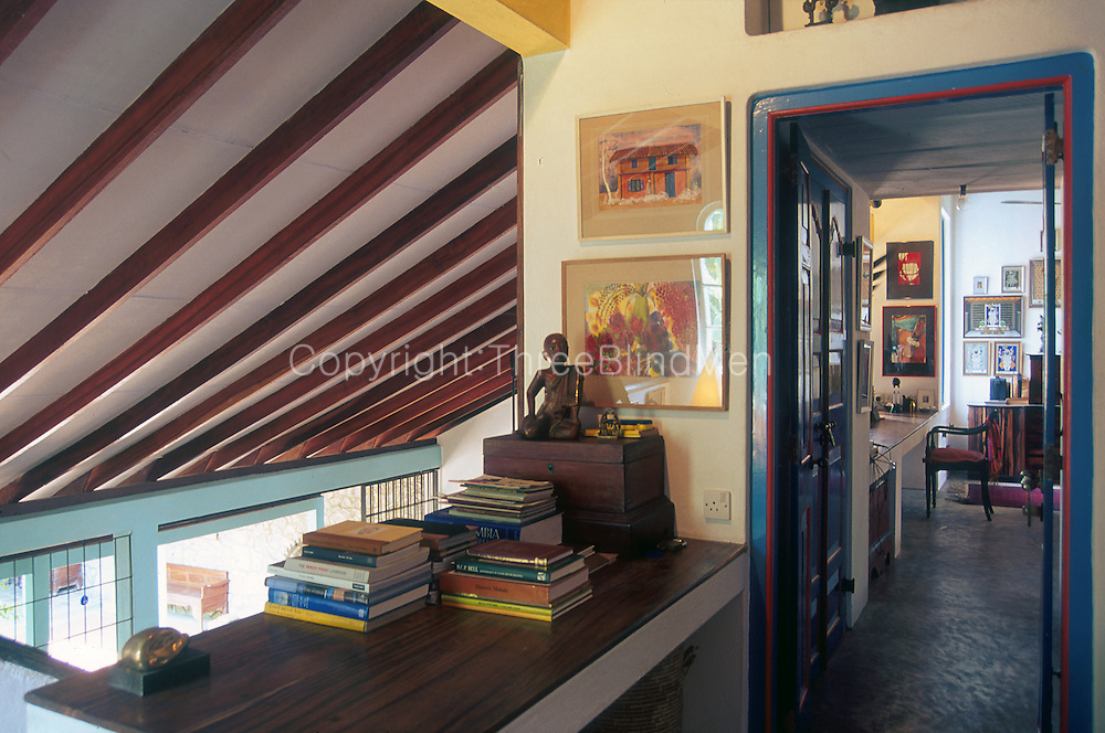 Anjalendran House in Battaramulla.<br /> Photo by Dominic Sansoni