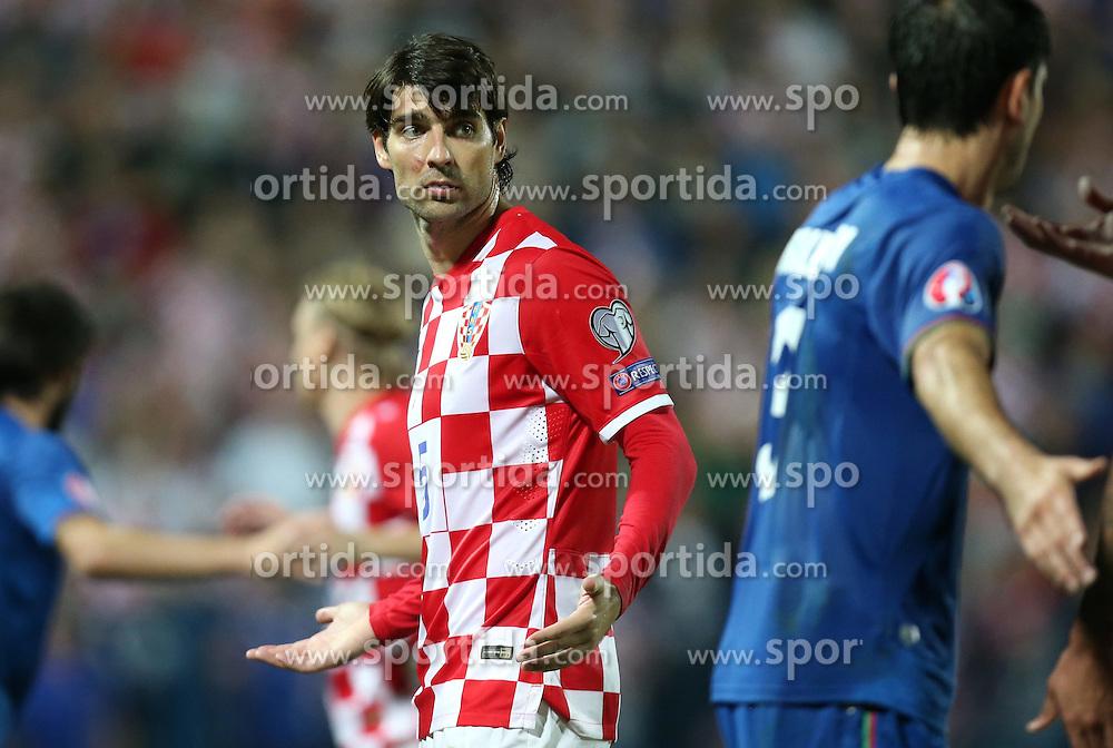 13.10.2014, Stadion Gradski vrt, Osijek, CRO, UEFA Euro Qualifikation, Kroatien vs Aserbaidschan, Gruppe H, im Bild Vedran Corluka // during the UEFA EURO 2016 Qualifier group H match between Croatia and Azerbaijan at the Stadion Gradski vrt in Osijek, Croatia on 2014/10/13. EXPA Pictures &copy; 2014, PhotoCredit: EXPA/ Pixsell/ Igor Kralj<br /> <br /> *****ATTENTION - for AUT, SLO, SUI, SWE, ITA, FRA only*****