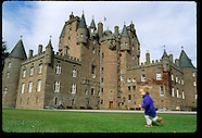 02: GLAMIS CASTLE CLOSE VIEWS