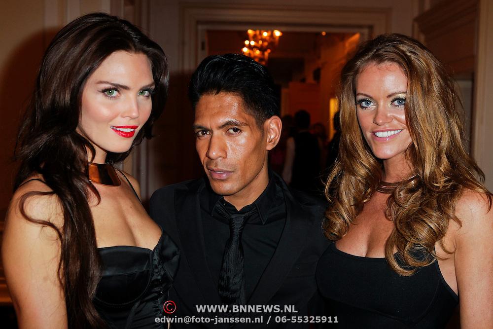 NLD/Amsterdam/20111124 - Beau Monde Awards 2011, Kim Feenstra, ………  en Inge de Bruijn