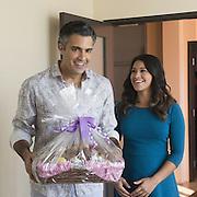 Jaime Camil, Gina Rodriguez in Jane The Virgin<br /> Lisa Rose/ &copy; 2015 The CW Network, LLC.