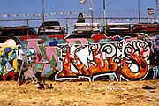 Skept working on KIIS mural