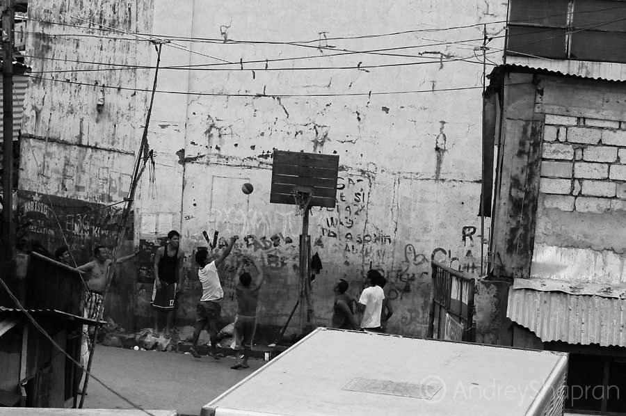 Barangay 286. Manila, Philippines, 2013