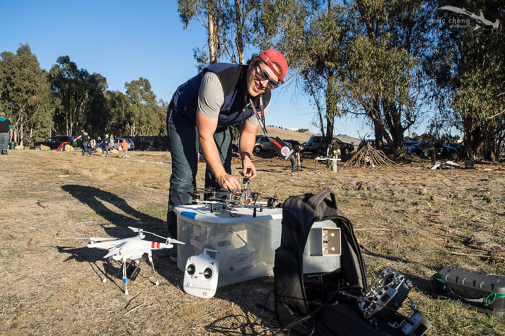 Pablo Lema. Make Magazine drone fly-in, January 20, 2014