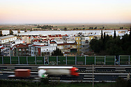 The Bella Guarda condo is visible to any driver who circulates to Lisbon or to Porto in the main motorway.