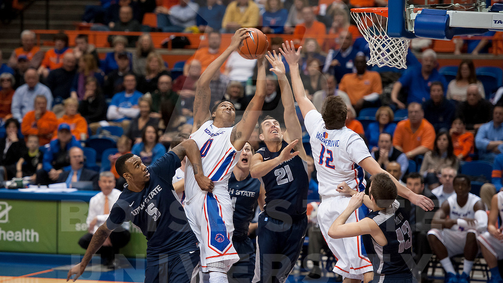 Boise State Men's Basketball vs Utah State. John Kelly photo
