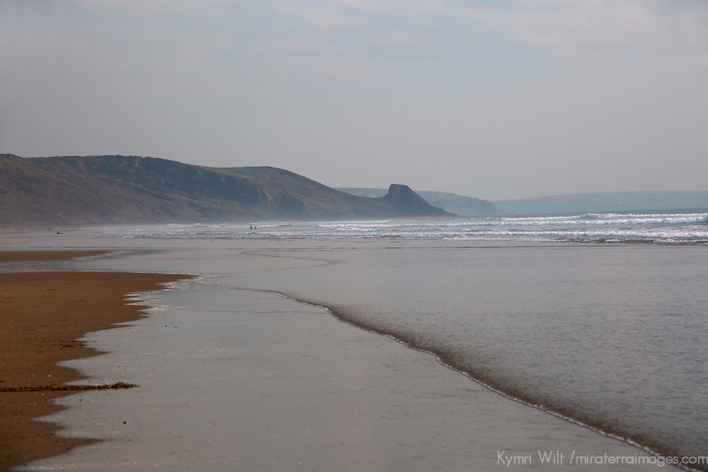 Europe, United Kingdom, Wales. Tides of Newgale Beach in Pembrokeshire.