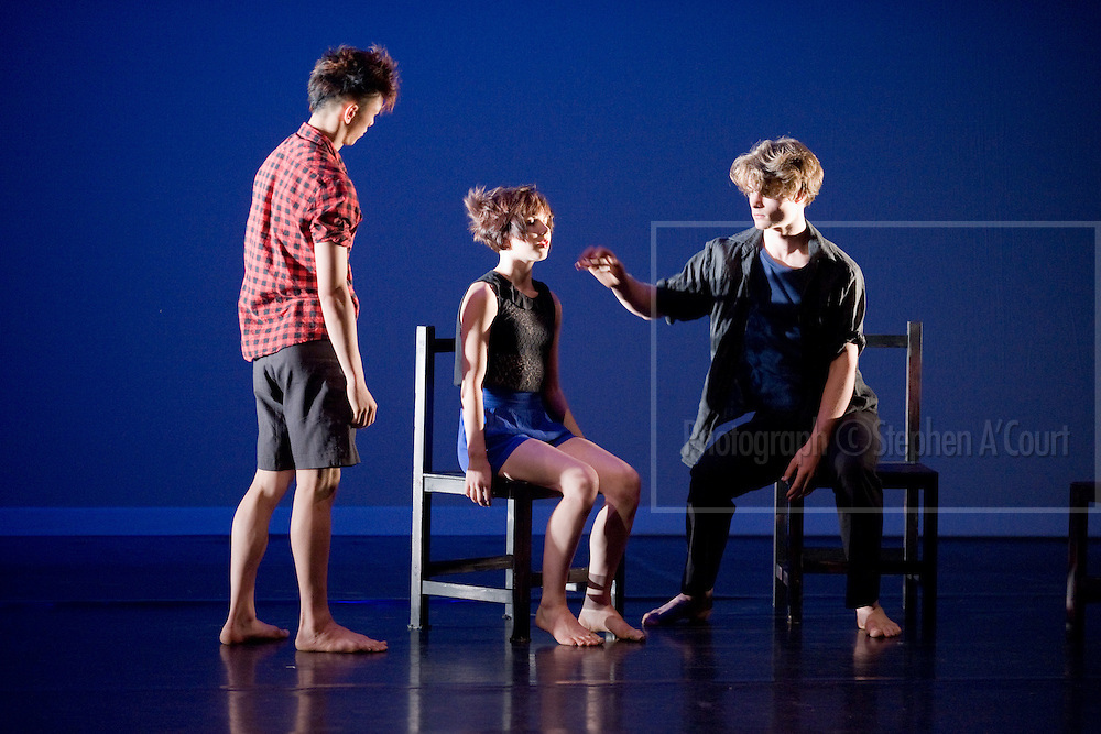 Coverage of the Graduation Season 2011 performances by the New Zealand School of Dance. Recent Bedroom, choreography by Maria Dabrowska and dancers.