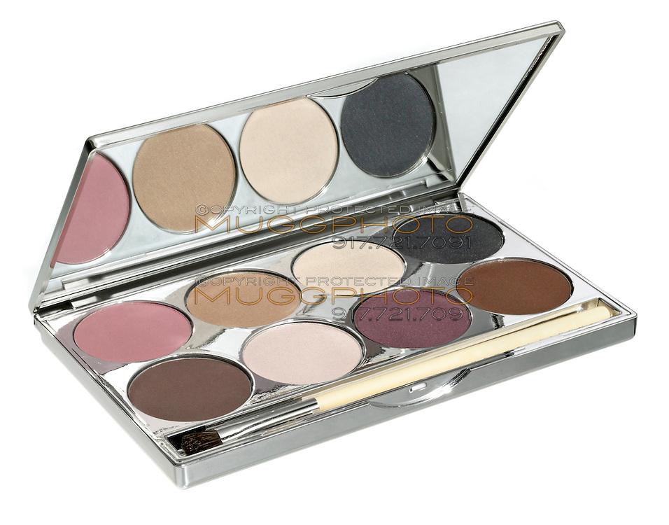 chantecaille eyeshadow compact kit