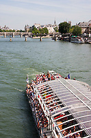 boat tours Paris France in Spring time of May 2008