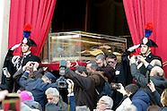 20160205 - Padre Pio processione del corpo di Padre Pio verso San Pietro