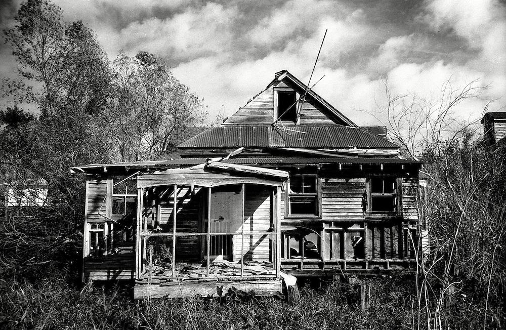 Abandoned Home, Pilottown LA, 1/05