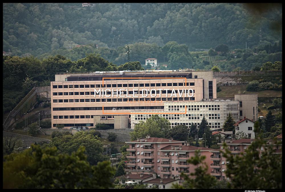 Istituto Italiano di Tecnologia di Genova,.. nella foto: il grande edificio sulla collina di Bolzaneto che ospita la sede