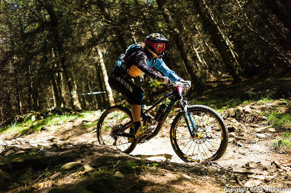 Innerleithen, Tweed Valley, Scotland, UK. 30th May 2015. Ines Thoma in action at The Enduro World Series Round 3 taking place on the iconic 7Stanes trails during Tweedlove Festival. Mountain bikers come up against eight stages across two days, with an intense 2,695 metres of climbing over 93km. As well as the physicality of the liaisons, the stages themselves are technical, catching many off guard.